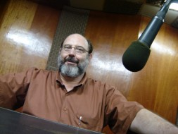 Sérgio Casoy gravando na Radio Cultura FM - 2005