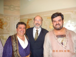 Walter Fawcett (Mensageiro), Sergio Casoy e Leonardo Pace (velho cigano) TROVATORE-08.03.2014